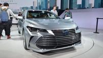 """Đánh giá nhanh Toyota Avalon 2019: Thiết kế """"tiệm cận"""" Lexus, trang bị hơn hẳn Camry"""