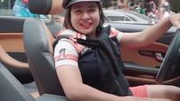 Nghe nữ biker Hà Thành nói chuyện về SUV mui trần Range Rover Evoque Convertible
