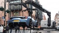 Xem cảnh chiếc siêu xe Ferrari 458 Speciale Aperta bị cảnh sát tịch thu