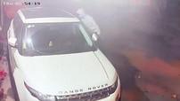 Range Rover Evoque bị vặt trộm gương trong đêm