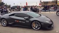 """Siêu xe Lamborghini Huracan chính hãng """"cấp tốc"""" được vận chuyển ra Hà Nội đoàn tụ cùng dàn siêu xe"""