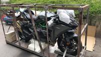 Siêu mô tô Kawasaki Ninja H2 Carbon tìm thấy chủ nhân tại Hà Nội, giá 1,139 tỷ VNĐ