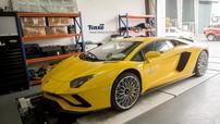 Lamborghini Aventador S bị va quệt tại Huế