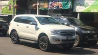 Ford Everest 2018 xuất hiện trần trụi trên đường phố dù chưa ra mắt