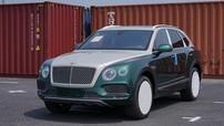 Cận cảnh chiếc Bentley Bentayga Onyx Edition với ngoại thất 2 màu đầu tiên tại Việt Nam