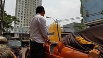 """Choáng với cách đổ xăng của """"thần gió"""" Pagani Huayra độc nhất Việt Nam"""