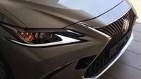 Lexus ES 2019 lộ diện với thiết kế giống LS thế hệ mới