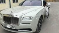 Xe siêu sang Rolls-Royce Wraith tại Hà Nội được chủ nhân cho ra biển số trắng