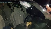 """""""Mưa đá"""" tấn công loạt kính xe ô tô trên cao tốc Hà Nội – Thái Nguyên"""