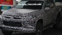 """""""Tóm gọn"""" Mitsubishi Triton thế hệ mới trên đường thử với thiết kế giống xe """"hot"""" Xpander"""