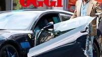 Ferrari GTC4Lusso độ của thiếu gia thừa kế Fiat bị Toyota Yaris tông nát cửa
