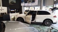 Lái Cayenne lao vào đại lý Porsche vì không nhận được xe theo đúng ý