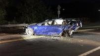 Tesla Model S lao xuống hồ nước khiến tài xế thiệt mạng