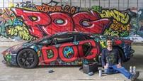 Siêu xe Lamborghini Aventador được chủ nhân dán đổi màu Graffiti ấn tượng
