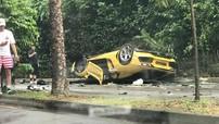 Lamborghini Aventador lật ngửa trong vụ tai nạn liên hoàn tại Singapore