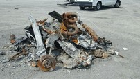 Cháy thành tro nhưng chiếc siêu xe Ford GT đời cũ vẫn được chủ nhân rao bán