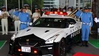 Đại gia quyên góp siêu xe Nissan GT-R cho cảnh sát Nhật Bản