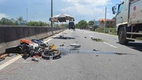 Áo chống nắng cuốn vào bánh sau xe máy gây tai nạn, 2 người thương vong