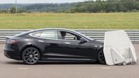 Tesla Model S thất bại ở bài kiểm tra phanh khẩn cấp tự động
