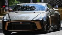 """Ngắm vẻ đẹp """"bằng xương, bằng thịt"""" của Nissan GT-R50 dự kiến có giá hơn 1 triệu USD"""