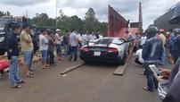 Hàng chục người vây quanh dàn siêu xe của Chủ tịch Trung Nguyên tại thủ phủ cà phê Việt Nam