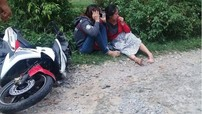 Thiếu nữ đi Yamaha Exciter chạy trốn CSGT rồi đâm vào người đi đường
