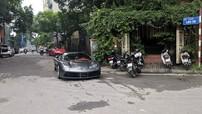 """Siêu xe Ferrari 488 GTB từng của Cường """"Đô-la"""" bị bắt gặp tại một ngõ nhỏ ở Hà Nội"""