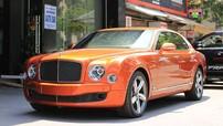 """Đánh giá nhanh """"quý tộc"""" Bentley Mulsanne Speed màu cam nổi bần bật trên đường phố Hà thành"""