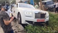 Đại gia đâm hỏng Rolls-Royce Ghost trước cả khi kịp lấy biển số