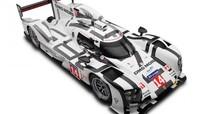 Mô hình đồ chơi xe đua Porsche 919 Hybrid cũng có giá đắt hơn... SH 300i