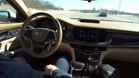 Super Cruise của Cadillac là hệ thống lái bán tự động tốt hơn Autopilot dựa theo Consumer Reports
