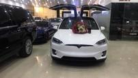 """Tesla Model X P100D màu trắng độc nhất Việt Nam mới về nước đã có chủ nhân """"đập hộp"""""""