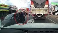 Lâm Đồng: Sang đường ẩu, người đàn ông bị ô tô Honda City hất văng