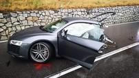 """Vụ tai nạn kinh hoàng này cho thấy siêu xe Audi R8 rất """"đáng đồng tiền"""""""
