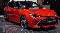 Mazda3 đời mới rục rịch trình làng, Toyota Corolla Altis 2019 cũng không chịu thua kém