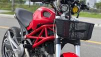 """Cạn lời với phiên bản """"đi chợ"""" của Ducati Monster được """"tân trang"""" trên đất Việt"""
