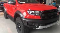 Cận cảnh Ford Ranger Raptor màu đỏ giá gần 1,2 tỷ đồng
