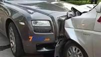 Mải xem điện thoại, nhân viên chuyển phát nhanh lao ô tô vào đầu Rolls-Royce Ghost, thiệt hại ước tính hơn 3,3 tỷ đồng