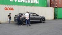 Sau chiếc màu trắng, siêu SUV Lamborghini Urus thứ 2 tại Việt Nam cũng đã lộ diện
