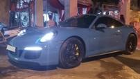 Xe thể thao Porsche 911 Carrera GTS hơn 8 tỷ đồng mang màu xanh Miami độc nhất Việt Nam