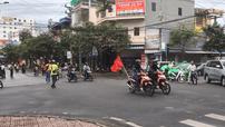 """Nam Định: """"Phượt thủ"""" chặn ngã tư để đoàn xe máy của mình đi qua, cư dân mạng """"phẫn nộ"""""""