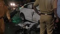 Hà Nội: Bám theo đoàn đua, cô gái trẻ thương vong khi đâm thẳng vào Audi A5