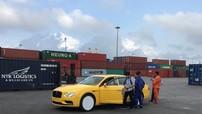 Xe siêu sang Bentley Flying Spur V8 S màu vàng Monaco cập cảng Hải Phòng, giá hơn 16,8 tỷ đồng