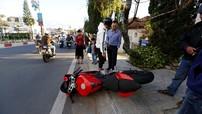 """Đà Lạt: Ducati Panigale 959 mới """"cứng"""", chưa """"đóng biển"""" đã gặp tai nạn"""