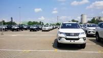 """Ô tô Indonesia về """"nhỏ giọt"""" báo hiệu tình trạng khan hàng của """"xe hot"""" Toyota Fortuner"""