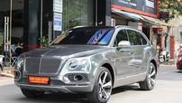 SUV siêu sang Bentley Bentayga phiên bản giới hạn bóng bẩy qua bộ áo crôm đen đầy cá tính