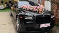 Rolls-Royce Ghost đen mờ làm xe đưa dâu ở đám cưới Nghệ An khiến quan khách ngỡ ngàng