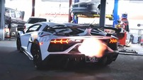 """Lamborghini Aventador SVJ đầu tiên đến Bắc Mỹ đã được chủ nhân độ lại nhằm """"khạc lửa"""""""