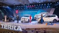 """Có giá từ 988 triệu đồng, Nissan Terra """"lên sàn"""" quyết chiến Toyota Fortuner"""