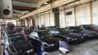 Phát hiện 11 chiếc BMW 5-Series chưa từng lăn bánh suốt 25 năm trong một nhà kho